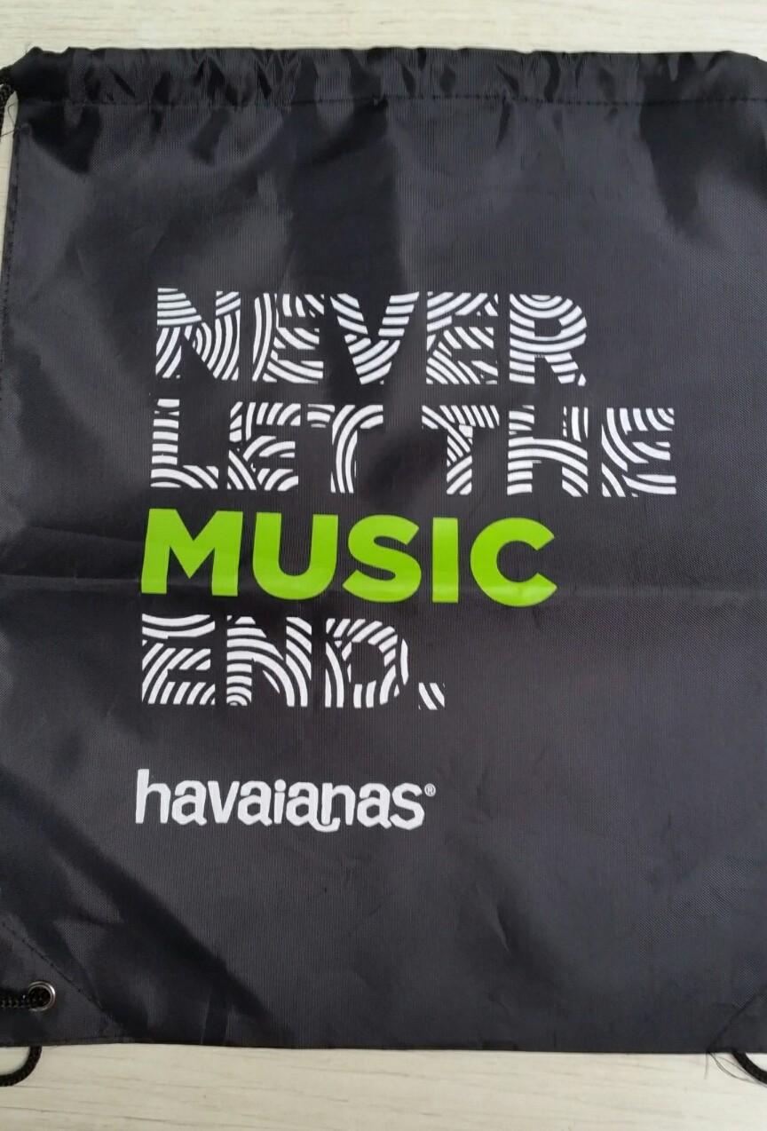 The perfect give Havaianas Drawstring bag